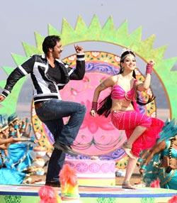 Naino Mein Sapna - Himmatwala