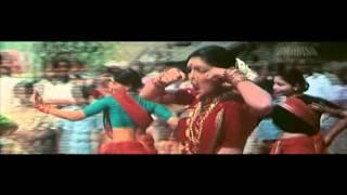 Badal Yun Garajta Hai Video