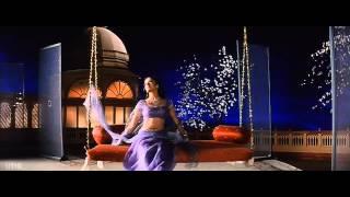 Chand Chupa Baadal Mein Video