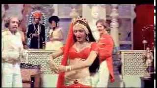 Mara Thumka Badal Gai Chal Mitwa Video