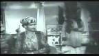 Na Kisi Ki Aankh Ka Noor Hoon Video Song
